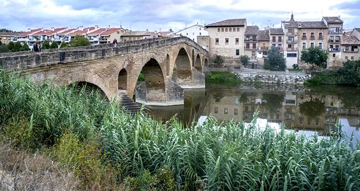 Camino de Santiago, Puente la Reina